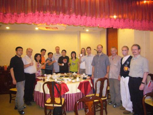 Gruppenfoto im Restaurant
